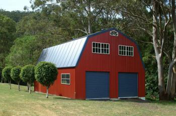 Fair Dinkum Quaker Barn with Vertical Cladding