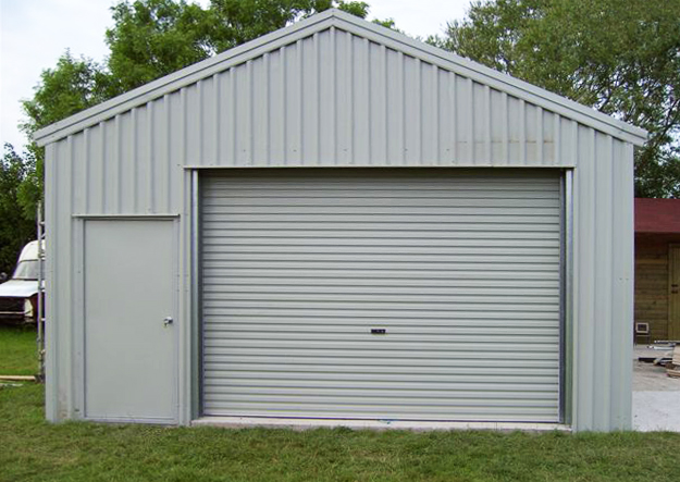 Single garage door cost factors in garage door prices for Single garage cost